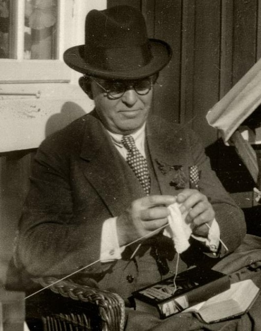 The Danish composer Carl Nielsen knitting to keep his heart rate down