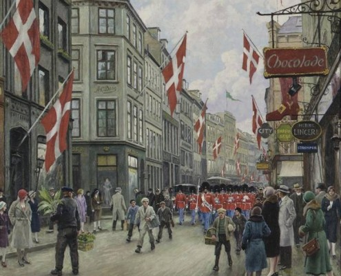 Paul Fischer. The King's Guard parades in the streets of Copenhagen